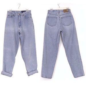 Vintage High Waist Loose Fit Light Wash Mom Jeans